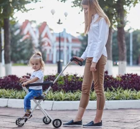 """广东法瑞纳科技自主研发共享儿童推车,遛娃小车,遛娃神器,溜娃小车,共享溜娃神器,共享溜娃小车,溜娃神器厂家,共享儿童推车设备,母亲孩子和溜娃神器""""溜娃神器"""
